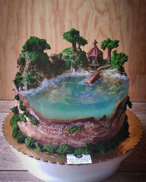ジオラマに見えるケーキ!まるでリゾート地 完成度がすごい