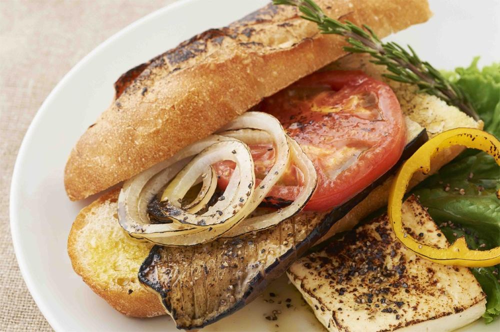【ZIP】ガスバーナーを使った「炙りサンド」レシピ!食感に驚愕